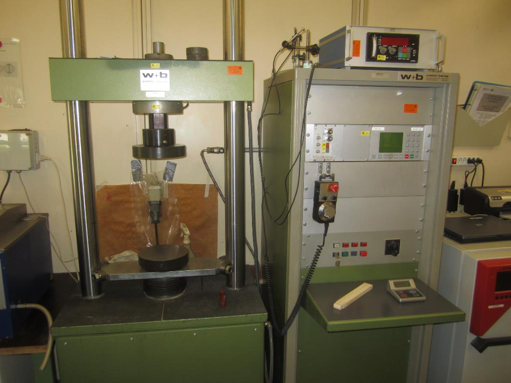 Presse universelle 200kN